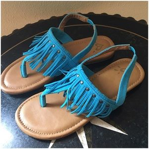 JUSTICE FRINGED SANDALS